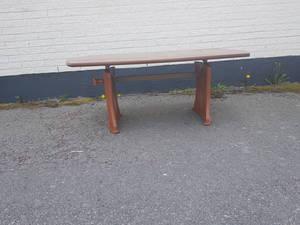 SIDNEY höj och sänkbart soffbord